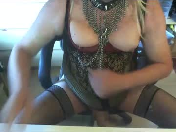 [25-10-20] barbietranny chaturbate show with toys